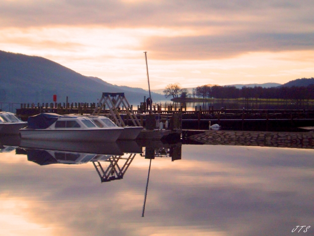 conistonreflects