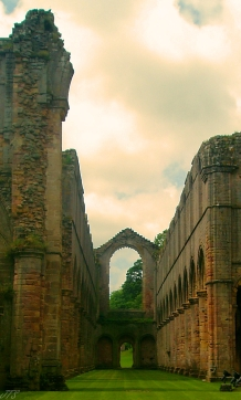 fountains abbey arch